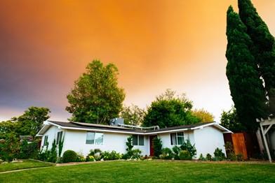 Conheça as vantagens de morar no interior e, também, em um residencial
